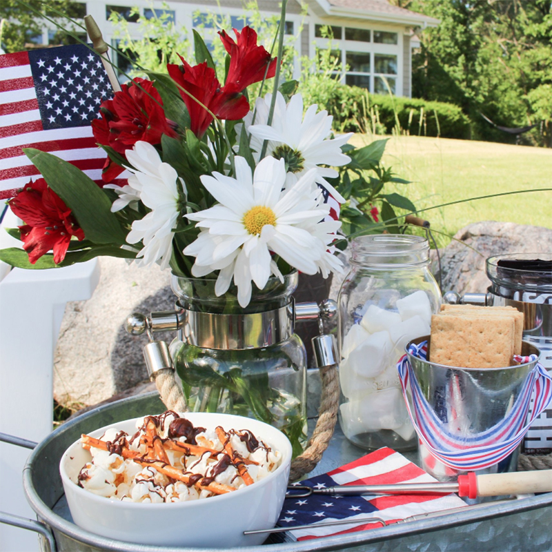 Easy Fourth of July Party u0026 Decor Ideas! - Styled With Lace