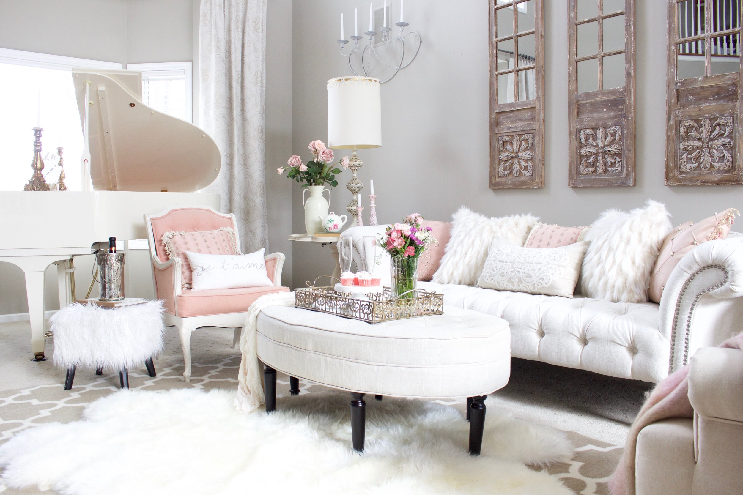 Romantic Blush Pink Living Room: Valentines Day Decor ...