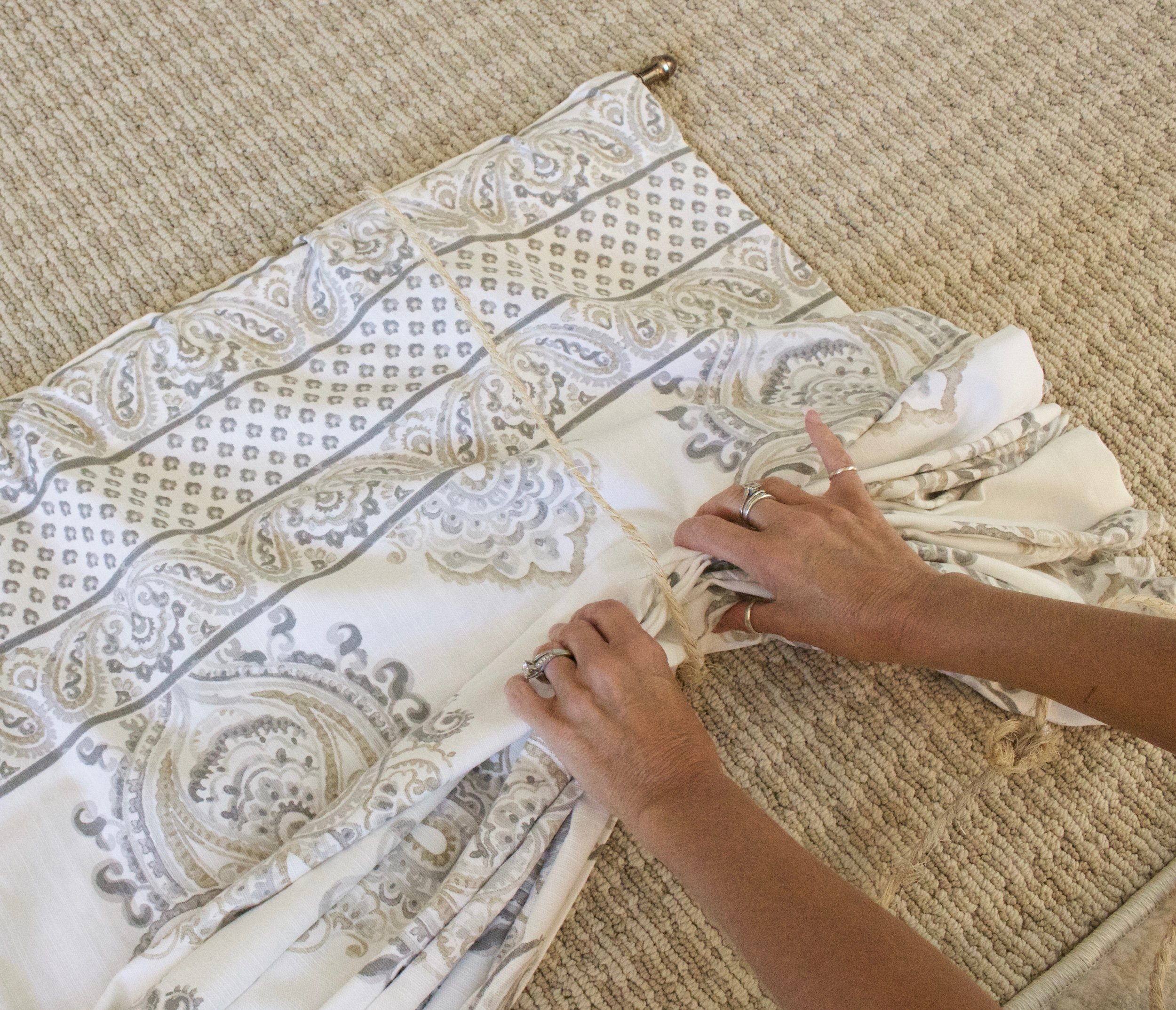 How To Make No Sew Curtain Valances Styled With Lace